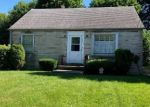 Short Sale in Youngstown 44505 115 ROSLYN DR - Property ID: 6324075